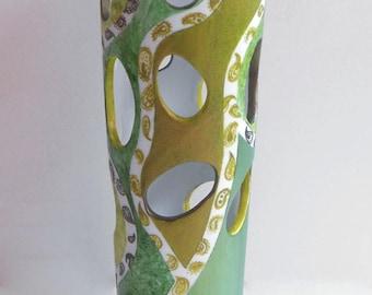 Vase perforated pattern cashmere camaïeu green porcelain creation artisanale
