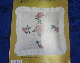 "UNUSED Something Special #80188 ""Pink Roses""  14''x14'' Candlewick Pillow KIT 1990"
