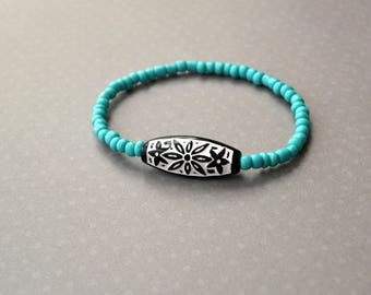 Friendship Stretch Bracelet, Turquoise Bracelet, Stretch Bracelet, Vintage Bracelet, Gift For Her, Gift Under 15 Dollar, Boho Bracelet.