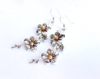 Flowers earrings, dangle floral earrings, orange flowers earrings, long earrings, carnelian earrings, orange silver dangle earrings