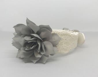 Gray Wedding Dog Collar with Grey Flower and Lace Medium Large White Leather Pet Collar Flower  Dog Wedding Outfit