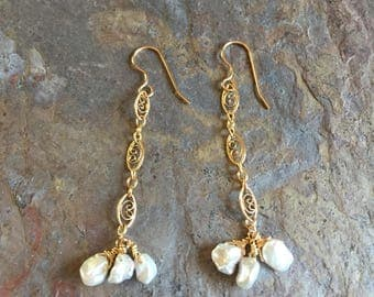 Freshwater pearl gold dangle earrings