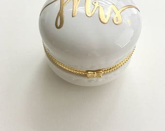Bride Gift Ring Box | Wedding Ring Box | Engagement Ring Box | Gift for Bride | Bride Ring Box | Ring Holder Gift | Miss to Mrs | Engaged