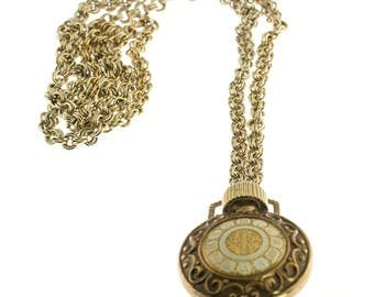 Avon Perfume Holder Necklace