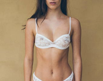 Loved French Lace Crop Black & White