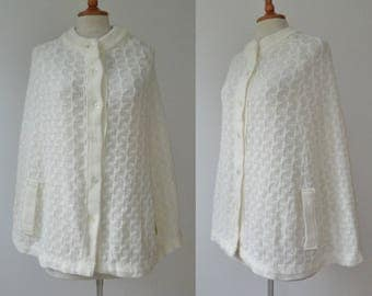 Ivory 60s Vintage Cape // Morsly New York // Made In Japan