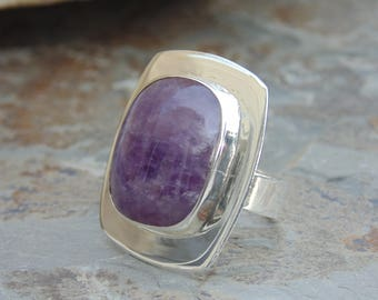 Pepe Cerroblanco ~ Large Mexican Sterling Silver and Natural Amethyst Band Ring - Size 5.75