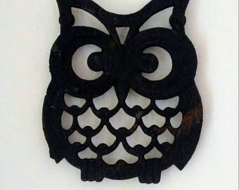 Owl Trivet, Cast Iron Trivet, Black Trivet, Owl Tea Pot Trivet, Black Tea Pot Trivet, Small Metal Trivet, Small Black Trivet