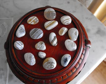Striped Agates, Fabulous Line Patterns On Stones