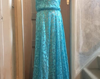 Vintage: Turquoise bloused effect, lace 1970s evening dress