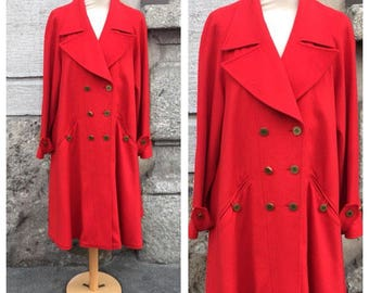CHANEL - 80s Chanel Cashmere Coat - Vintage Double Breasted Red - Size M