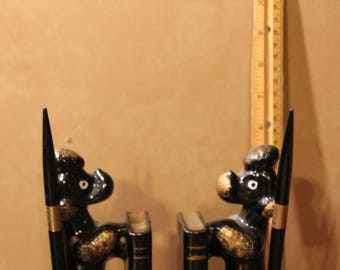 Poodle pen holders