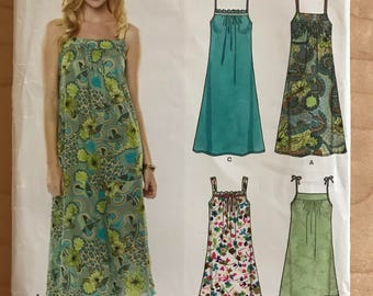 New Look 6778 - Easy to Sew Sleeveless Dress with Front Yoke in Tea or Knee Length - Size 6 8 10 12 14 16