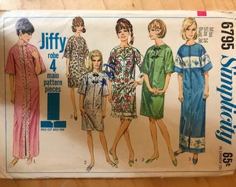 Simplicity 6795 - 1960s Jiffy Robe in Knee or Maxi Length with Yoke Front and Optional Frog Closure - Size 16 Bust 36