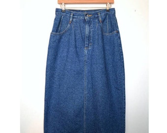 LEE 90s vintage blue denim aline high waisted skirt size 26 inch waist