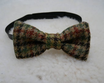 Irish Tweed Mens Bow tie - houndstooth check -vegan leather stripe -velcro closure -ready for shipping - Handmade in Ireland - FREE SHIPPING