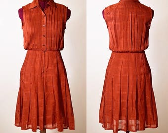 Authentic vintage Rockabilly style fit and flare burnt orange red sleeveless collared button down dress women's size small