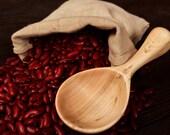 Hand Carved Wooden Scoop from Willow Wood Handmade Kitchen utensils Carved wooden Grain scoop Flour scoop Kitchen scoop Serving spoon Coffee