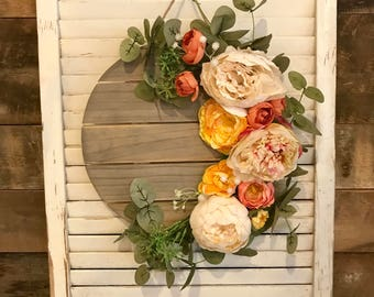 Weathered Wood Plank Wreath