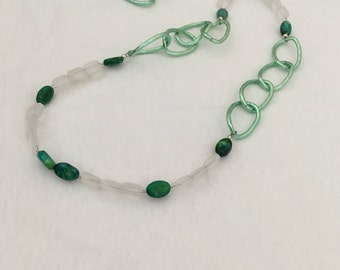 Frosted Quartz & Green Agate Necklace