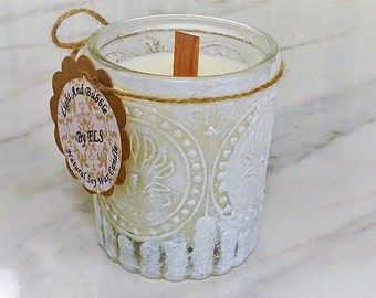 White soy candle - wooden wick - Mimosa fragrance