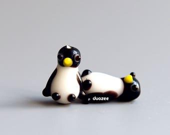 2 Pcs Lampwork Glass Penguin Beads,  Micro Miniature Penguins, Lampwork Penguin Beads, Glass Penguin Beads, Glass Miniature Penguins