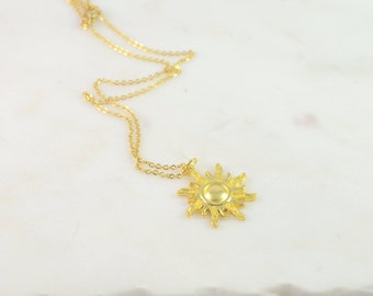 Sun Necklace, Gold Sun Necklace, Sun Jewelry, Sun Charm Necklace, Gold Sun Jewelry, Sunshine Necklace , Sunshine Jewelry, Sun Pendant