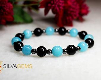 Blue Quartz, Black Onyx and Hematite Gemstone Beaded Stretch Bracelet - Free Shipping. Quartz Gemstone Bracelet. Onyx Jewellery.