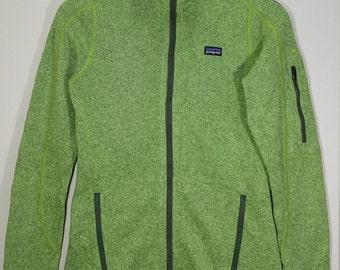 PATAGONIA Women's Size XS Fleece Jacket, Breathable Jacket, Light Green Fleece, Full Zip, Unique Sweater Green color