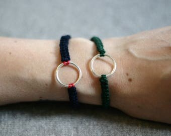 Macrame bracelet - friendship adjustable bracelet in green cotton Christmas tree and silver plated ring - woven cotton bracelet - boho - macrame bracelet