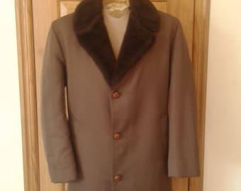 Mens 1960's Aberdeen Coat