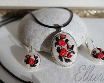 Red rose jewelry set Embroidered pendant Red rose necklace earring Embroidery jewelry Floral necklace Wife red jewelry Eco jewelry Ukrainian