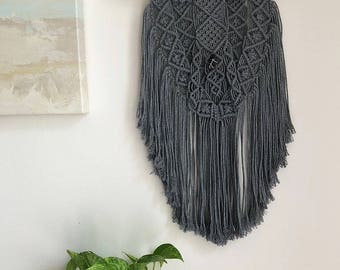 Gray Macrame Wall Hanging on a Foraged Branch with a Purple Amethyst Crystal, Woven Wall Hanging, Boho Hippie Tapestry, Bohemian Decor