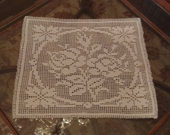 Center Crochet Table