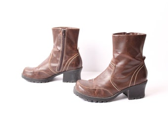 size 8 CHUNKY brown vegan leather 90s PLATFORM ZIP up ankle boot