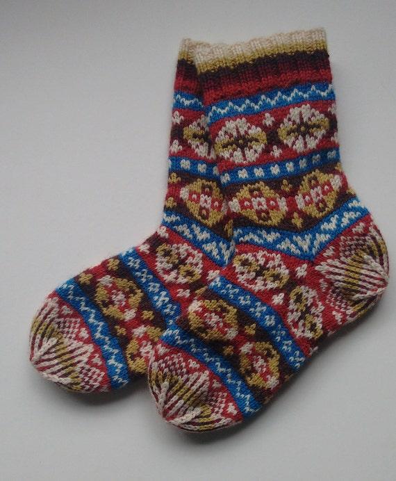 Traditional Fair- Isle Sock Pattern from maksocks on Etsy Studio