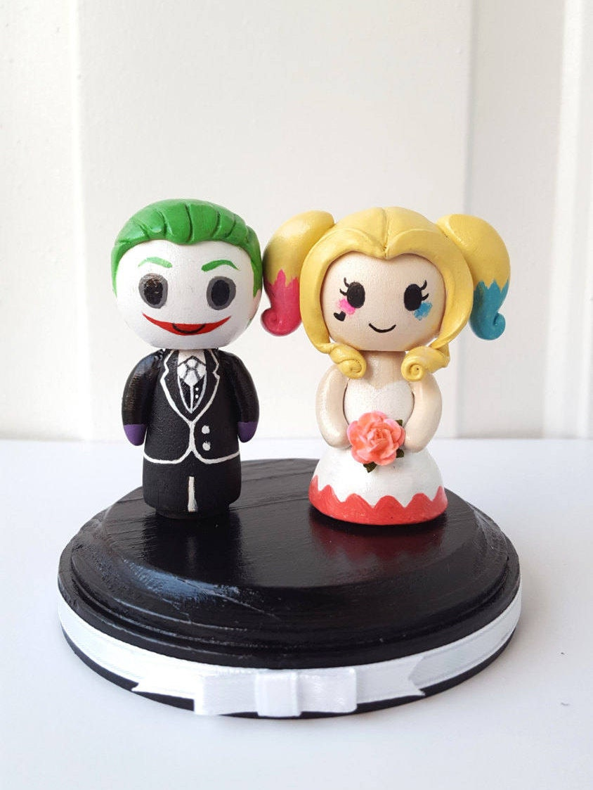 joker and harley wedding cake topper joker amp harley quinn themed figurine wedding cake topper w 16609