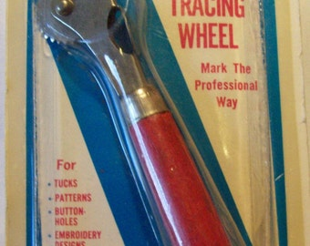 Easy Grip Tracing Wheel by Penn - VINTAGE still in original package Made in the U.S.A.