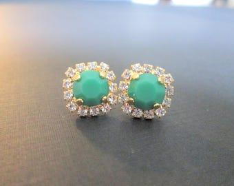 Vintage Apple Green Swarovski Earrings/ Bridesmaid Earrings/Swarovski Crystal Earrings/Apple Green Halo Earrings/Bridesmaid Gift/Bridal