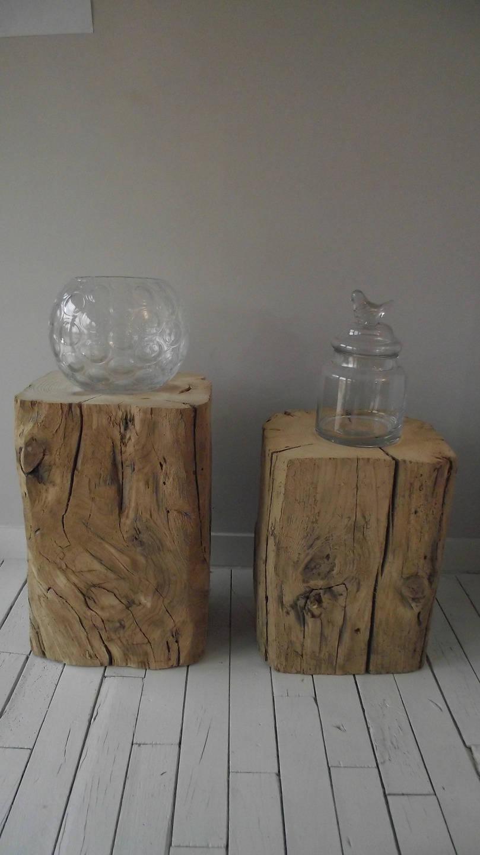 table billots de bois massif recycl chevet. Black Bedroom Furniture Sets. Home Design Ideas
