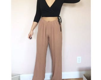 dusty pink wide leg palazzo pants // vintage // size medium