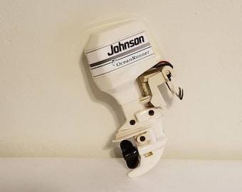 Vintage Johnson Ocean Runner 225 boat motor