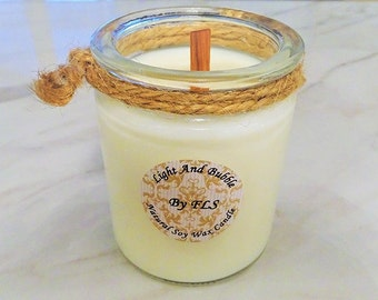 White soy candle - wooden wick - Lily of the valley fragrance