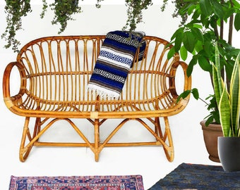 Vintage Bamboo Settee Franco Albini Style Rattan Chair Love seat Bent Bamboo Sofa Sculpted Bamboo Rattan Fan Back Bohemian Bench Iconic 1960