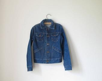Vintage Kids WRANGLER denim iconic trucker jacket  • child age 10/12