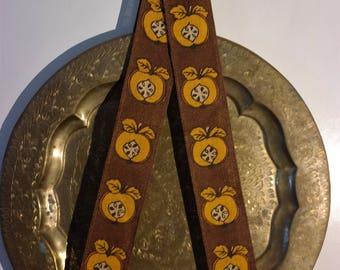 Vintage tray holder - Scandinavian Design - Made in Sweden - apples