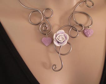 """Necklace """"Elégance"""" hearts and purple rose"""