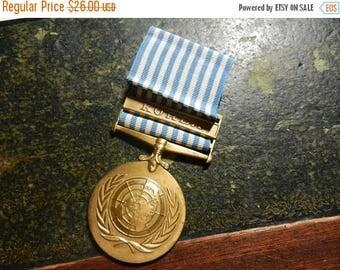 Summer Sale Vintage Korean War UN Service Medal