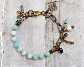 Gemstone charm bracelet Agate bracelet Striped agate jewelry Aqua bracelet with clasp Brass chain and stone bracelet Pale blue bracelet