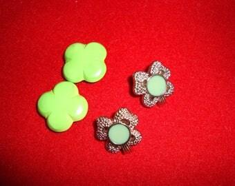 Clover vintage buttons